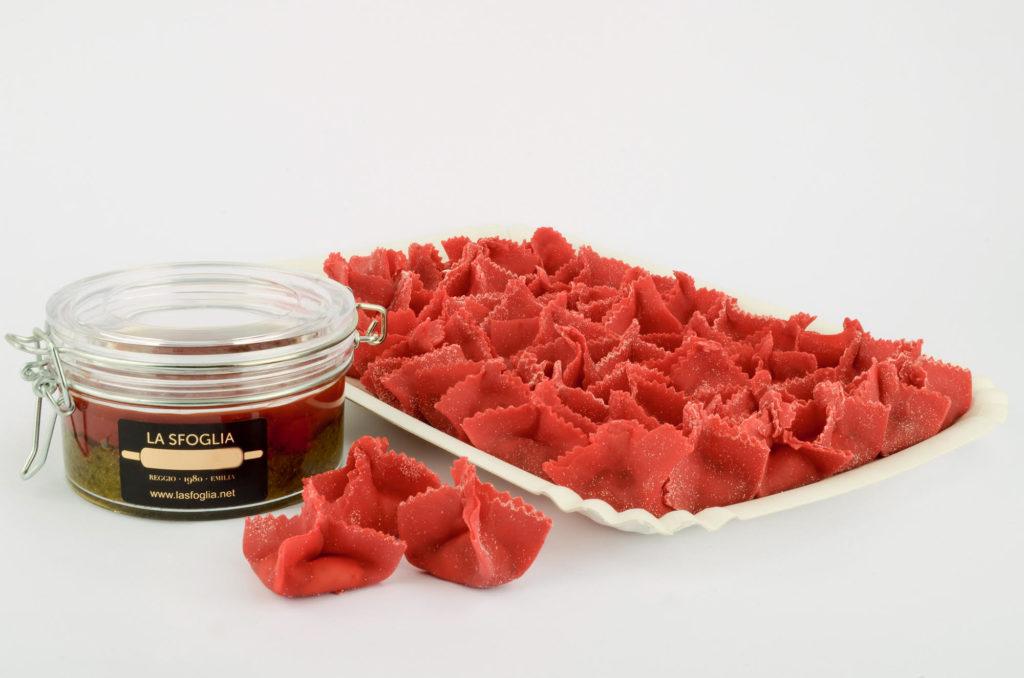 Lantere di granseola in pasta rossa, La Sfoglia