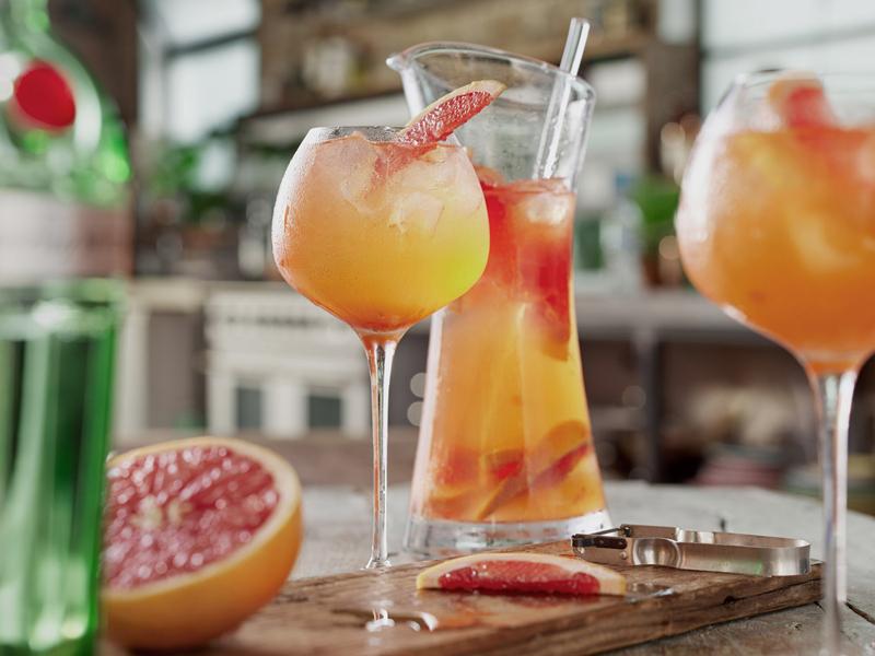 Cocktail San Valentino 2017 - Tanqueray® No.TEN™ Grapefruit Fizz