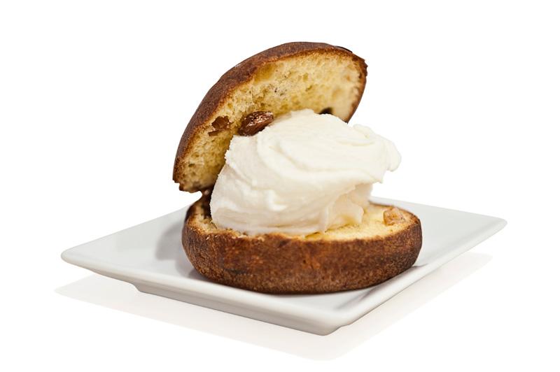 Brioche con gelato - Panettone Vergani